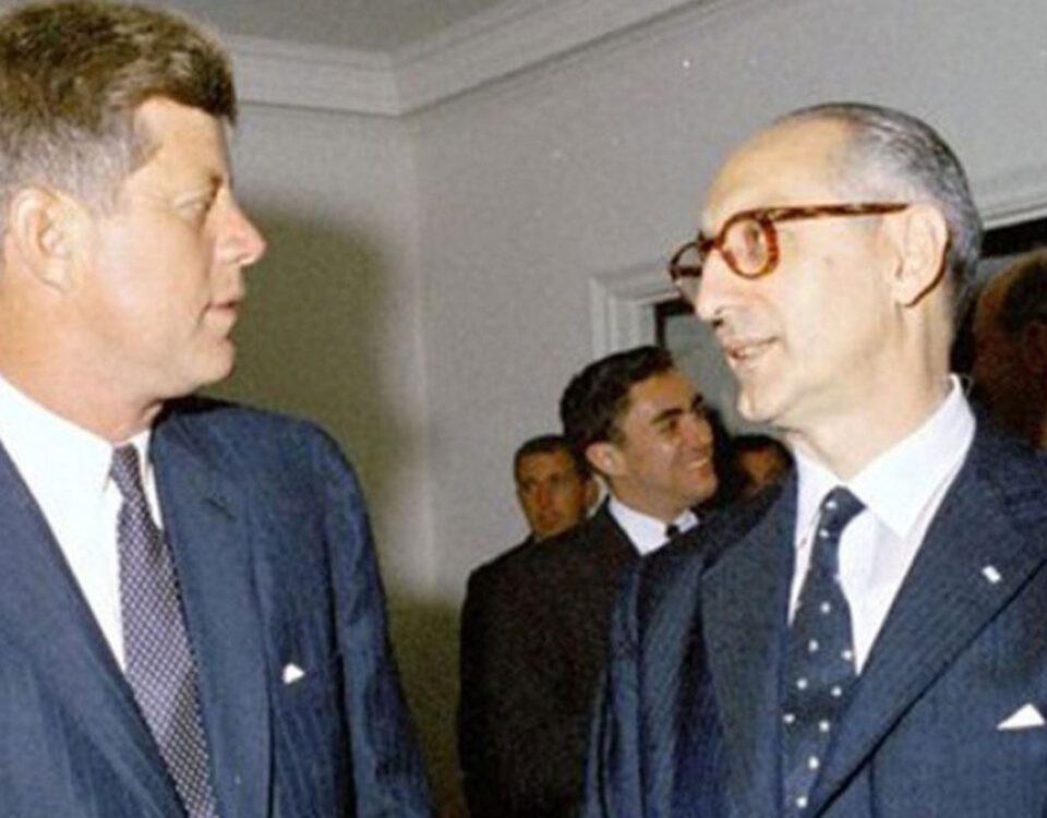 Arturo Frondizi con John Kenedy, Estados Unidos 1961.